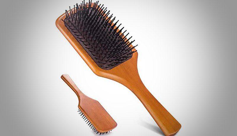 mini brosse à cheveux